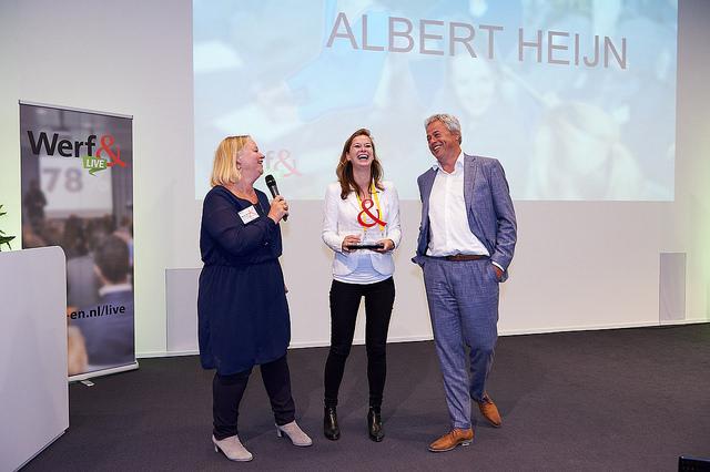 juryvoorzitter marion de vries met Laura van der Zee en rene Herremans van Ahold