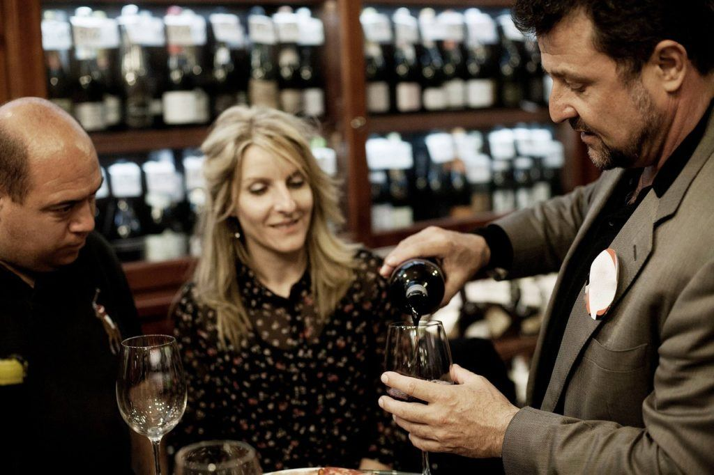 Waarom mensen selecteren geen wijnproeverij is (en 8 dingen die je daarvan kunt leren)