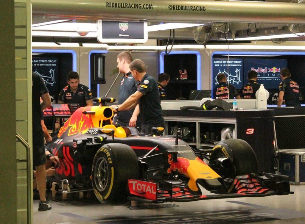 Hoe professioneel recruitment elke Formule 1-wagen in de race kan houden