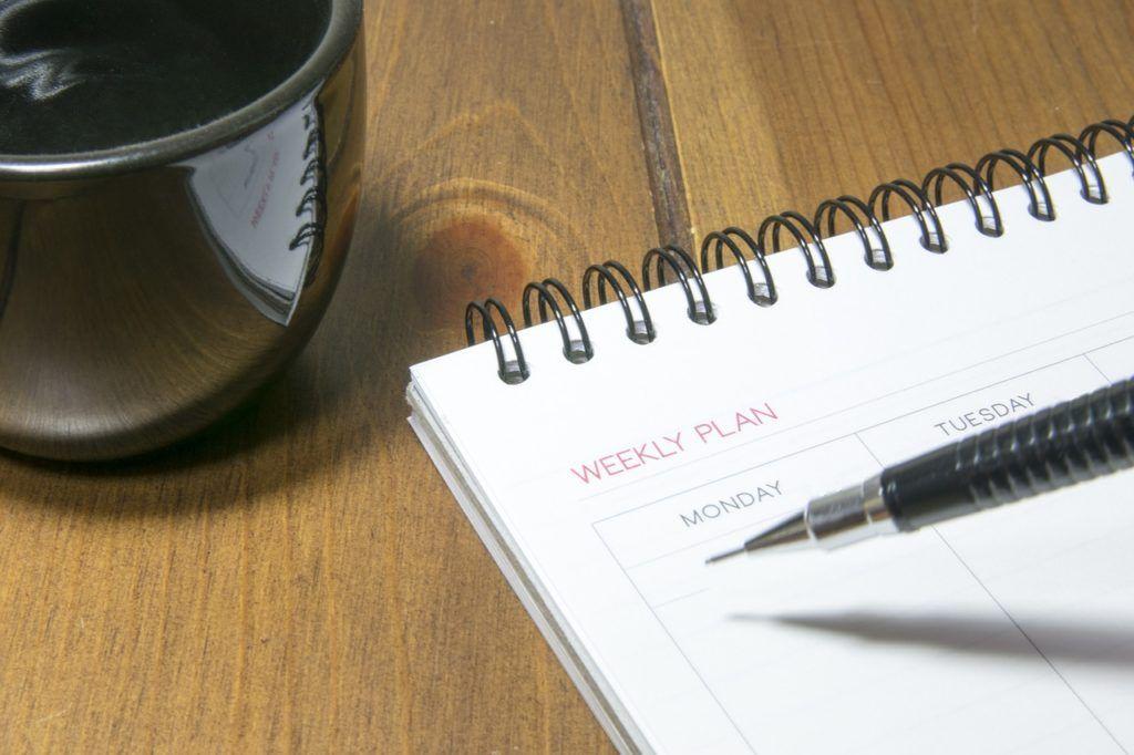 Een nieuwe baan zoek je niet in het weekend, maar op maan- of dinsdag