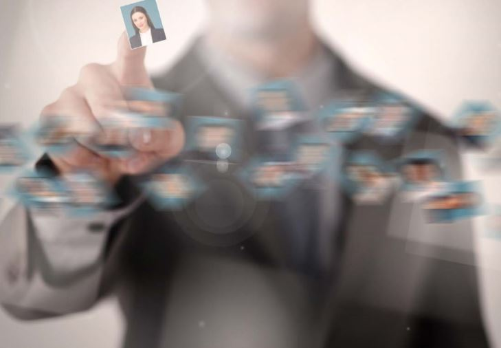 ABN Amro slaat alarm: 'Recruitment is soms wel voor 95% te automatiseren'