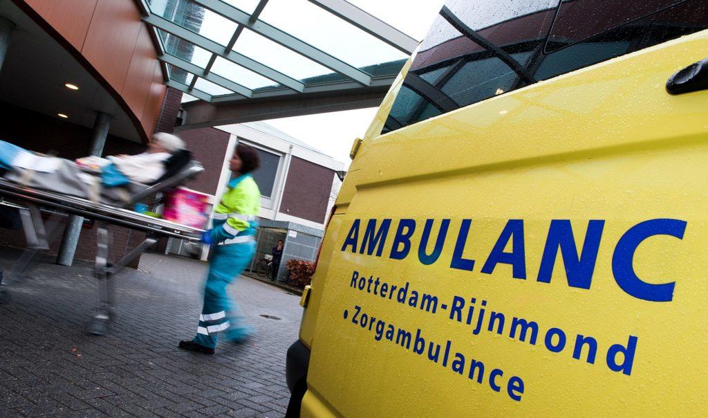 In Rotterdam kun je nu ook een sollicitatiegesprek krijgen in... een ambulance