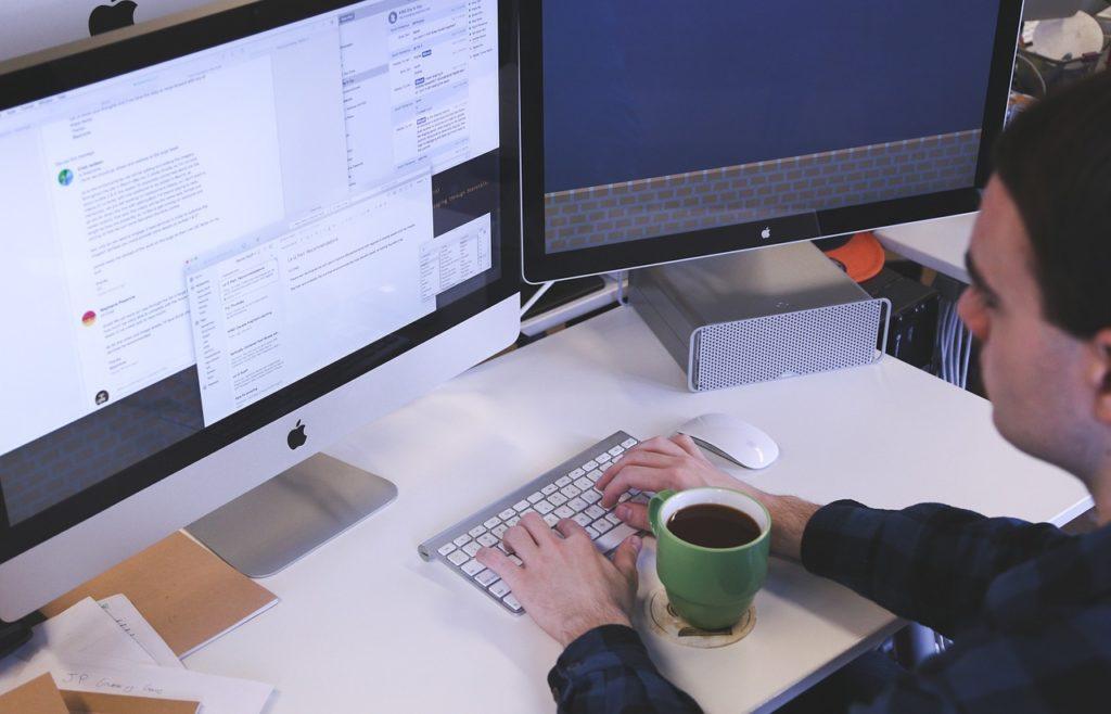 Een informatica-opleiding is voor steeds minder IT'ers een vereiste
