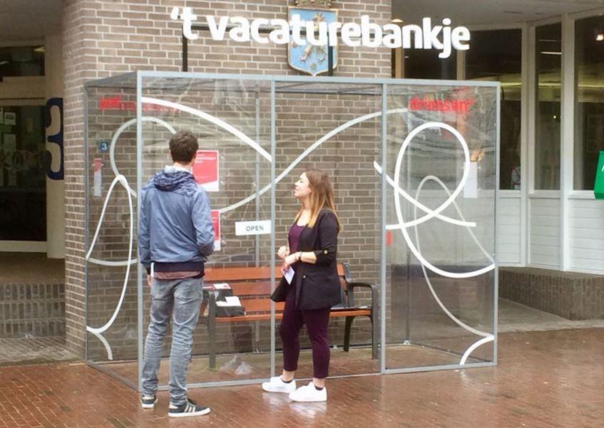 Met dit 'vacaturebankje' weet Driessen interesse voor gemeentewerk te wekken