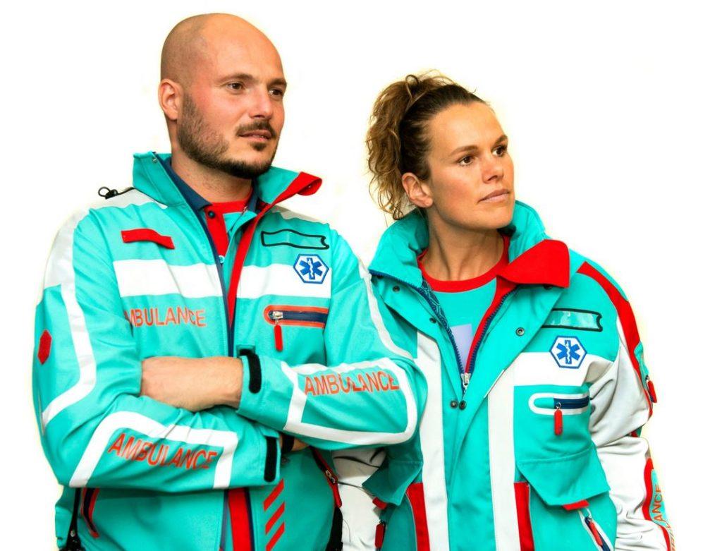 Met nieuwe kleding op catwalk trapt ambulancezorg arbeidsmarktcampagne af