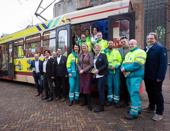 Campagne van de week: hoe een tram de Haagse ambulancezorg helpt
