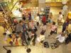 wachten in de rij in de supermarkt