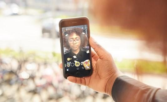 Pathé zet - als eerste - eigen AR-lens in om via Snapchat jongeren te werven