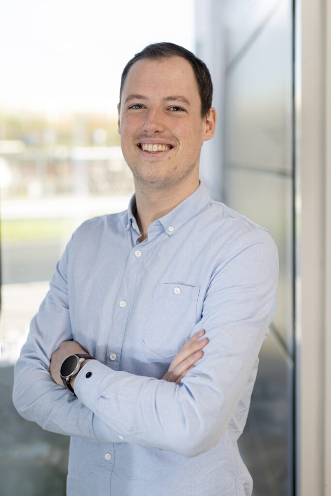 Tom von Wolzogen Kühr: Recruitment Project Professional