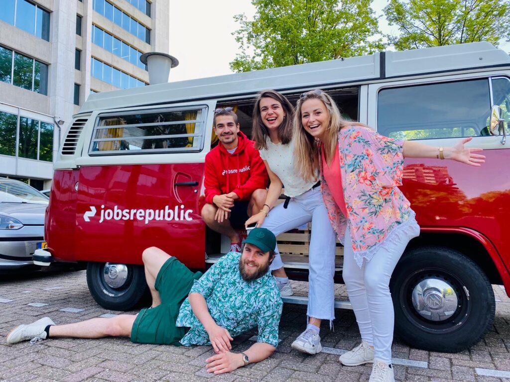 Feel Good Friday: En dan staat er ineens een smoothiebus voor je deur