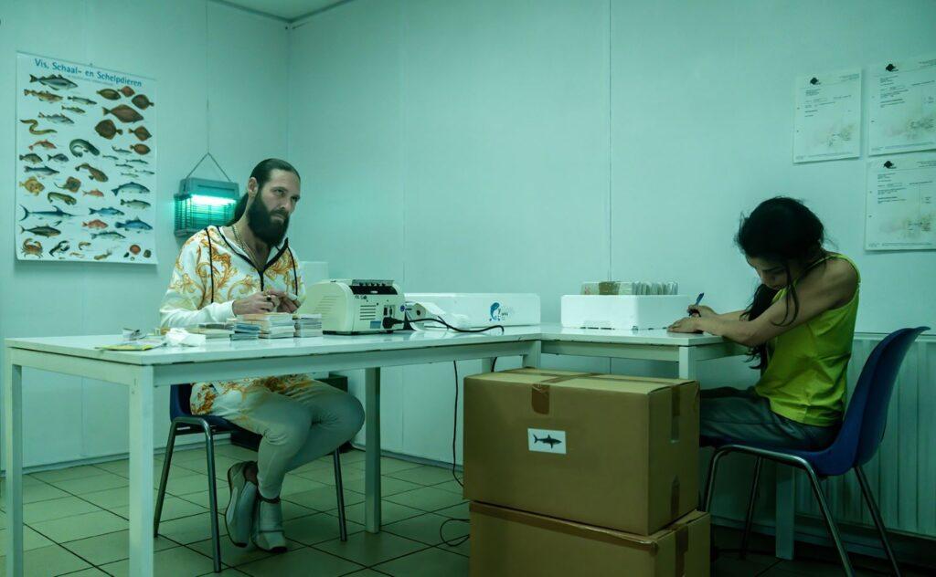 Met deze indringende film wil ABN Amro honderden fout-geld-jagers vinden