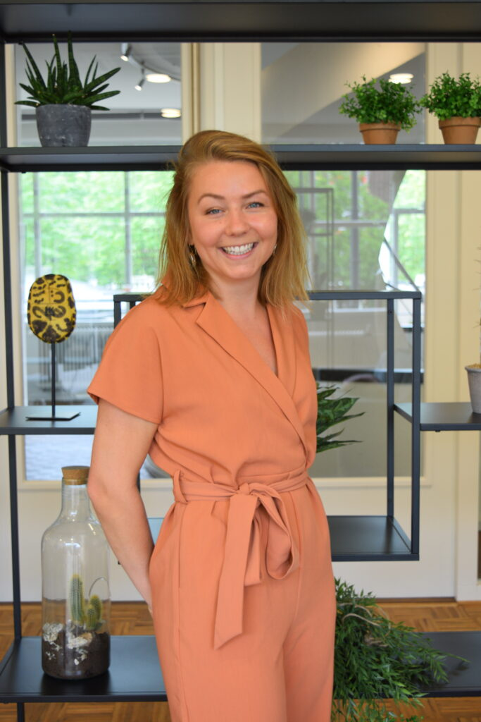 Denise van der Lans: Partner - Business Development Manager