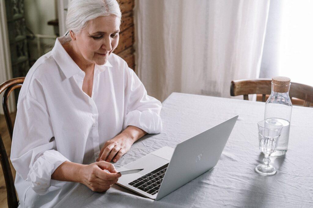Waar oudere werknemers nog meetellen: maak kennis met Old Capital en Doordoeners