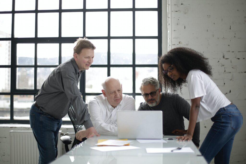 Human Capital Group: 'Oudere medewerkers in beweging krijgen? Begin bij hun drijfveren'