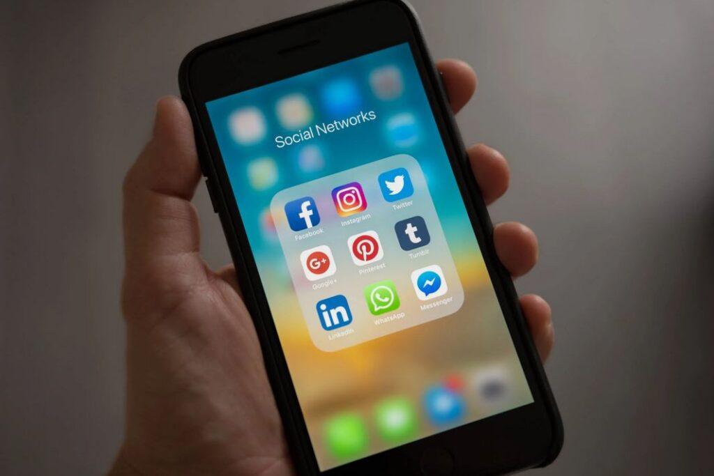 Recruitment via social media: 7 manieren om je ROI te meten en te analyseren