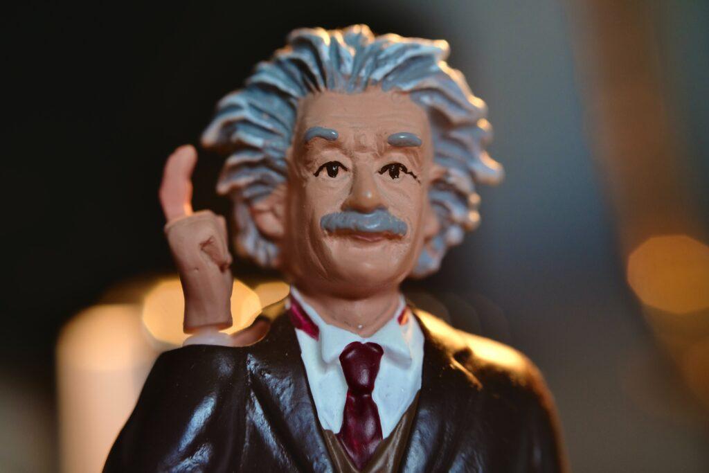 Vacatureteksten vaak veel te moeilijk: zelfs Einstein zou ze niet begrijpen