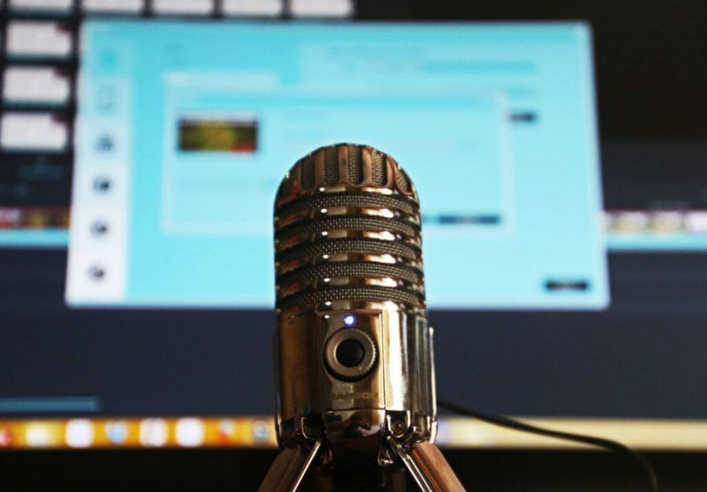 Nog eens 7 kneiterleuke of opvallende podcasts voor recruiters