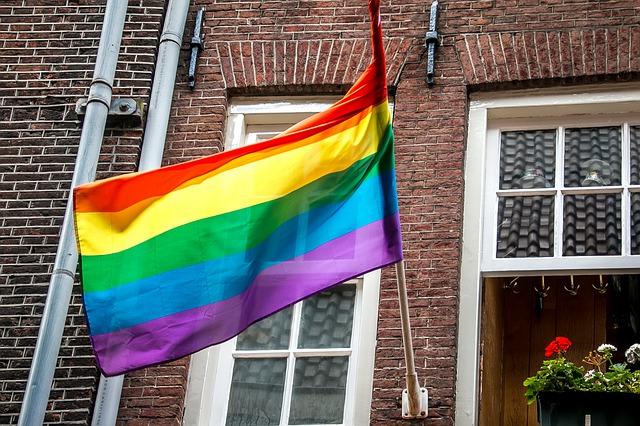 Feel Good Friday: Veel rumoer rond de LHBTI+-voorkeur in Apeldoorn