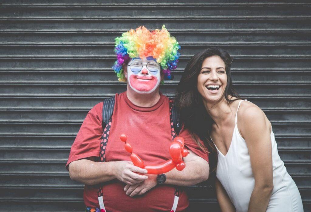 Feel Good Friday: Er is nu zelfs een groot gebrek aan... clowns