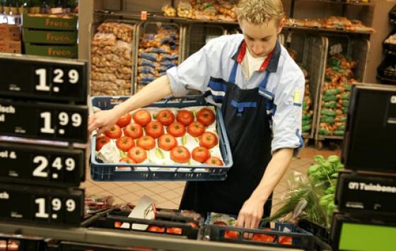 Jongeren hebben het vaakst bijbaan in winkel - Werf&, vakmagazine over ...: www.werf-en.nl/04/02/2013/jongeren-hebben-het-vaakst-bijbaan-in-winkel